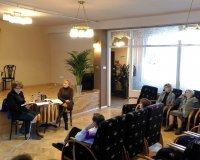 Spotkanie mieszkańców z pracownikami Miejskiej Biblioteki Publicznej