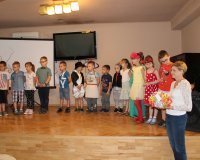 Występ przedszkolaków z okazji Dnia Mamy