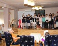 Pieśni Powstańcze w wykonaniu uczniów Szkoły Podstawowej 22