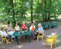 Majowa kawiarenka w ogrodzie